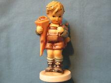 Hummelfigur 80 First School gang Boy Little Scholar older Figurine 1st Choice