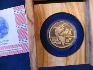 Israel-1992-Discovery-of-America-500th-Anniversary-15g-Gold-Medal-Wood-Box-COA