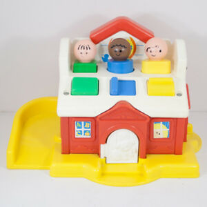 Details About Vintage 1983 Fisher Price Large Little People Shaper Sorter House Toy