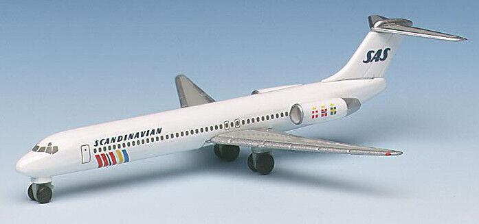 Herpa Wings 1 500 SAS Scandinavian McDonnell Douglas MD-87 MD-87 MD-87 id 506007 rlsd 1996 493b21