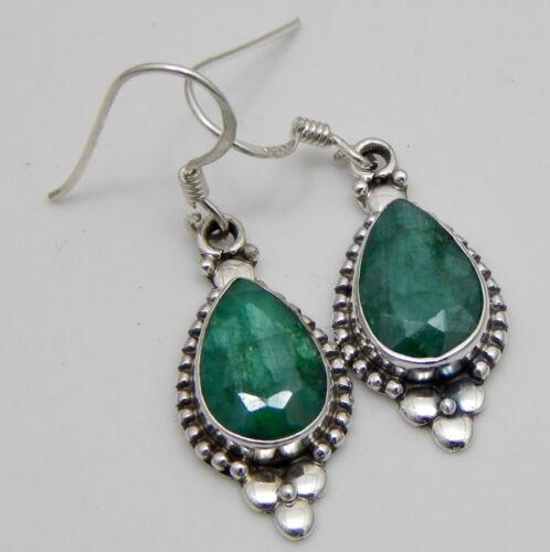 Emerald corindon 925 Solid Sterling Silver Handmade earring dans toutes les pierres de forme