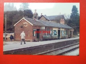 PHOTO  HAMPSHIRE MEDSTEAD amp FOUR MARK RAILWAY STATION 1985 - <span itemprop=availableAtOrFrom>Tadley, United Kingdom</span> - Full Refund less postage if not 100% satified Most purchases from business sellers are protected by the Consumer Contract Regulations 2013 which give you the right to cancel the purchase w - Tadley, United Kingdom