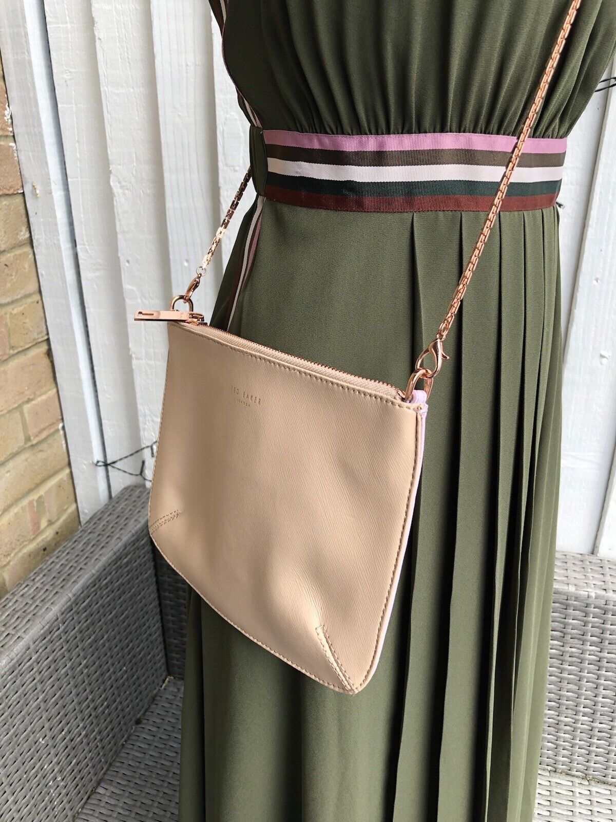 Ted Baker BECKY Crosshatch leather crossbody beige/pink chain bag VGC