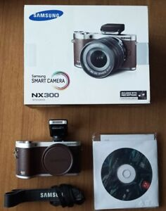 Samsung NX300 Fotocamera Digitale Mirrorless marrone corpo macchina