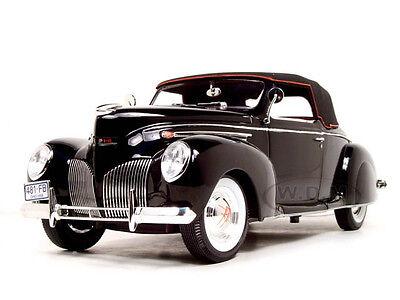 1939 LINCOLN ZEPHYR BLACK 1:18 DIECAST CAR MODEL BY SIGNATURE MODELS 18102