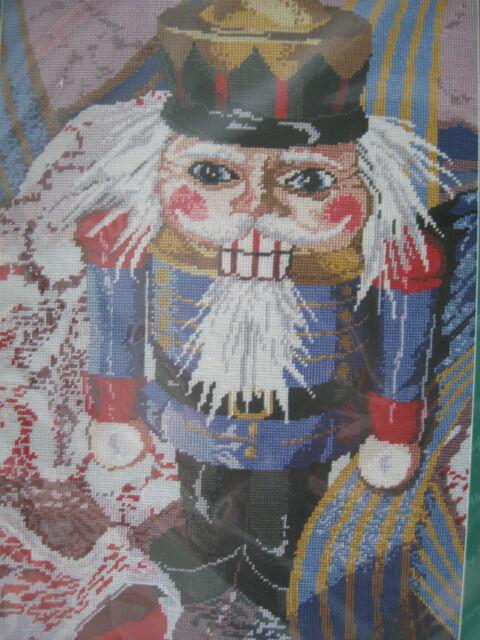 Needlepoint Kit Nutcracker Christmas Janlynn Floss 05-706