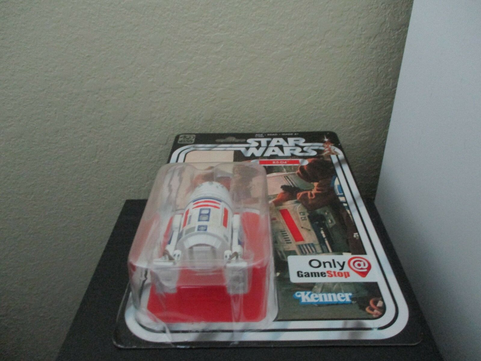 Star Wars 40th Anniversary R5-D4 Gamestop Exclusive Exclusive Exclusive 6 inch Never been opened   1ab1ba
