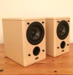 JVC SPUXT550 Bookshelf Hifi Stereo Speakers