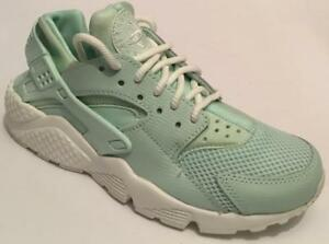 Details about WOMEN'S NIKE AIR HUARACHE RUN SE TRAINERSSNEAKERS MINTWHITE SIZES 3.5 +4.5