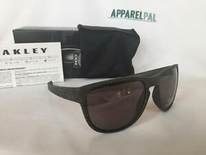 b8327df2a8 Image is loading New-Oakley-Sliver-R-Round-POLARIZED-Sunglasses-Woodgrain-