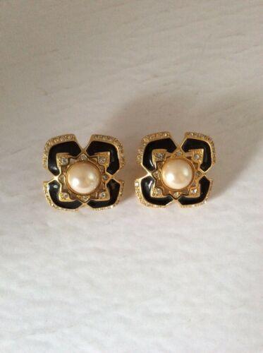 Signed Vintage Joan Rivers clip  earrings rhinesto