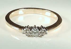A-FINE-9CT-YELLOW-GOLD-25CT-DIAMOND-3-STONE-TRILOGY-ENGAGEMENT-RING