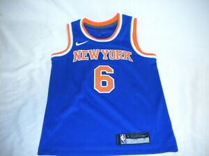 buy popular 53b8b b7af9 Details about Kristaps Porzingis New York Knicks Nike Swingman Jersey Blue  youth Small