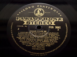 BEATLES-PLEASE-PLEASE-ME-Rarest-Ever-BLACK-GOLD-STEREO-TOP-AUDIO-1G-1R