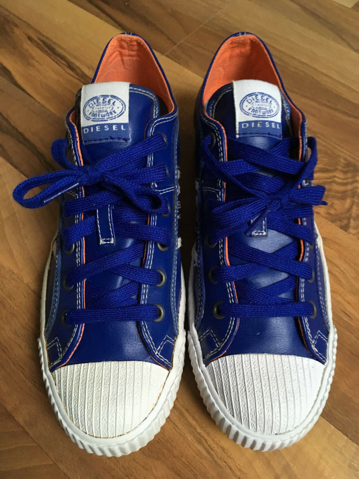 DIESEL Sneakers Größe EU 42 Neuwertig