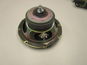 03-04-05-07-07-Lincoln-Town-Car-Rear-middle-speaker-OEM-3W1T-18868-AA