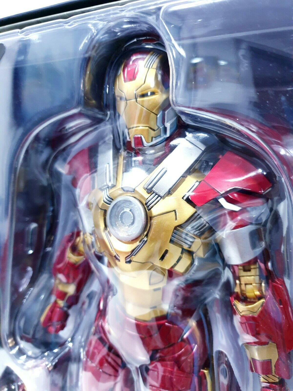 IRON MAN MARK 17 17 17 XVII HEARTBREAKER MMS212 HOT TOYS ACTION FIGURE PRODOTTO NUOVO 9d4157