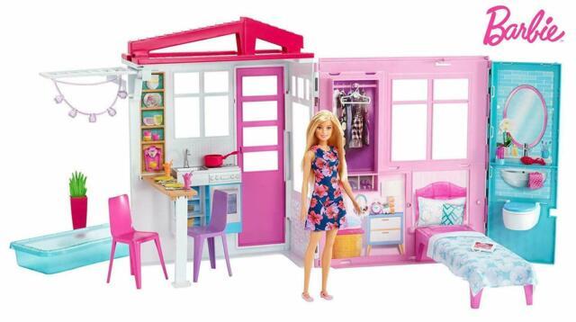 Barbie - Casa de Vacaciones Con Muebles & Muñeca - Ensueño To Go - Mattel FXG55