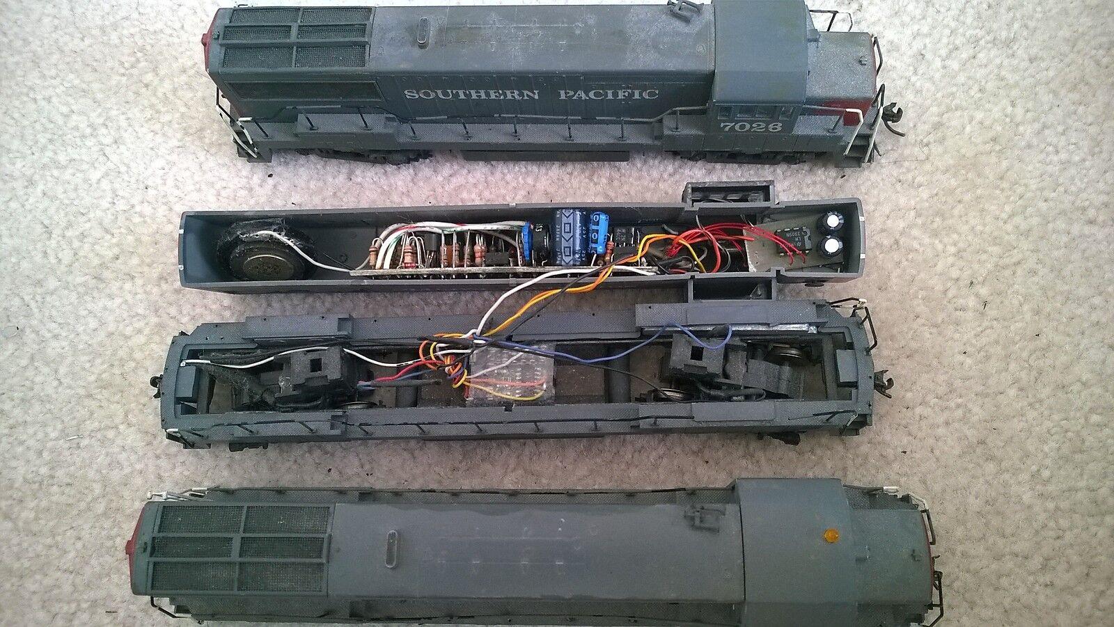 3 DCC DCC DCC equip U28B  with suono unit  2 energiaosso, 1 dummy  (EA0-E020) 9267da