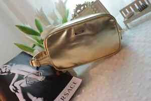 1x-VERSACE-Parfums-Gold-Makeup-Cosmetics-Bag-with-side-handle-Brand-NEW