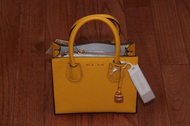 3da7ad1988fe NWT Michael Kors  228 Studio Mercer Medium Messenger Cross Body Tote  Sunflower