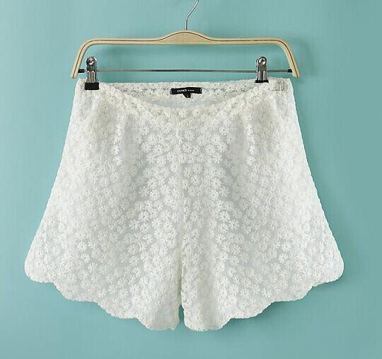 Pantaloncini corti shorts tpantaloni bermuda corti donna bianchi pizzo 6062