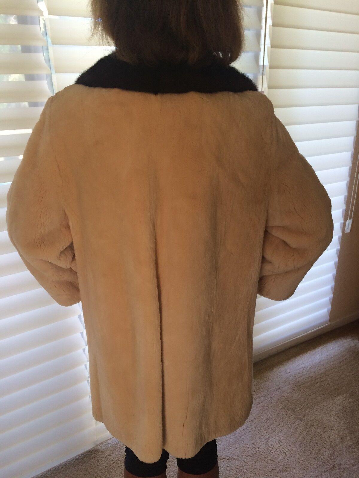 Vintage I Magnin Custom Beaver Coat - image 4