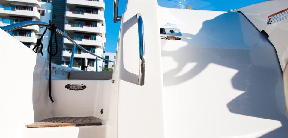 Bayliner Avanti 7, Speedbåd, årg. 2010