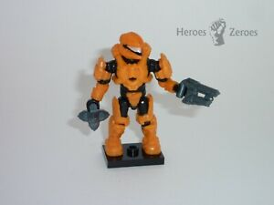 Halo Mega Bloks Set #CND00 UNSC Spartan Scout Figure with Bolt Shot and Grenade