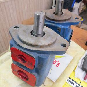 2-Hydraulic-pumps-Metaris-MH5V30A-1C-21-amp-Vickers