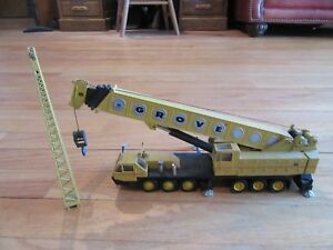 8E-GROVE-152-TRUCK-CRANE-YELLOW-1-55-WEST-GERMANY