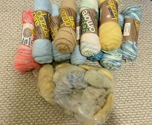 VTG-Mixed-Lot-of-10-Caron-Dazzle-Aire-4-ply-3oz-Skeins-Bag-of-Extras