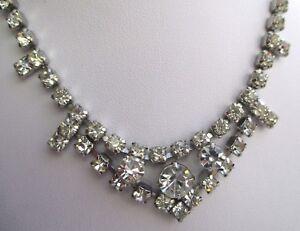 Agressif Ancien Collier Couleur Argent Rivière De Cristaux Diamant Bijou Vintage 3101
