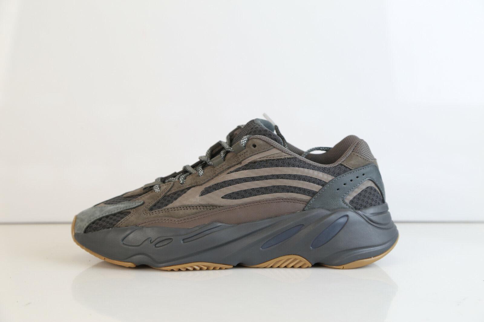Adidas X Kanye West Yeezy Boost 700 V2 Geode EG6860 4-13 yzy