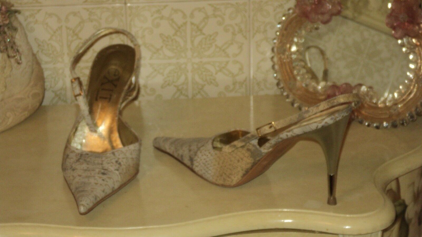 ITALIAN EXIT SNAKESKIN LEATHER BEIGE Gold POINTY STILETTO IRON HEELEU37US6.5