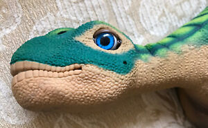 Pleo-Robotic-Dinosaur-by-UGOBE-WORKS-Skin-In-Great-condition