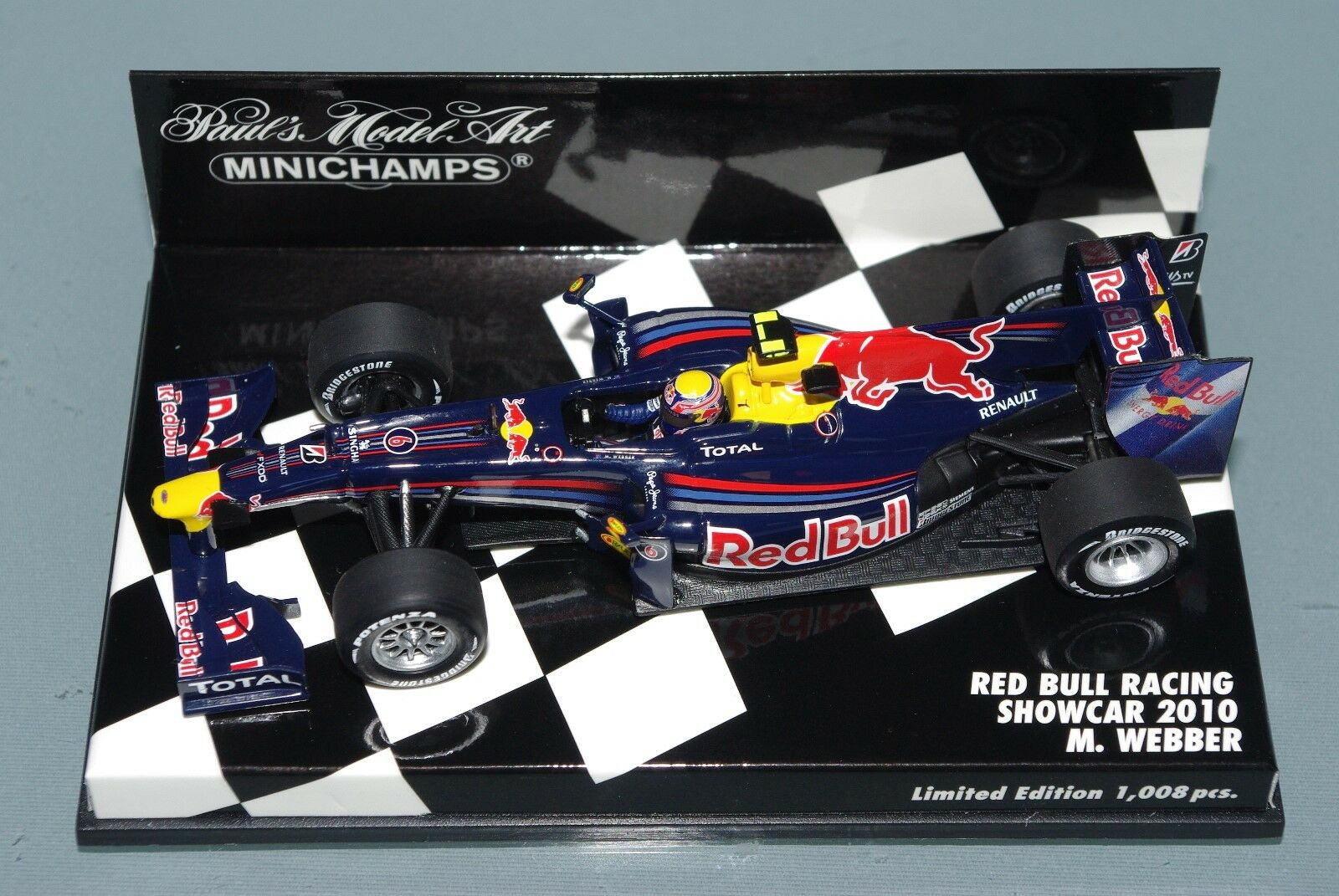 Minichamps F1 1 43 RED BULL RACING RENAULT SHOWCAR 2010 MARK WEBBER