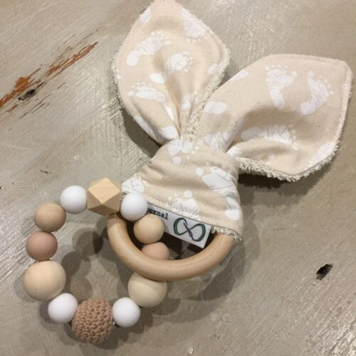 Wood & Silicone Beads,Crinkle Sound Bunny Ears Teething, Soother Ring, Uni
