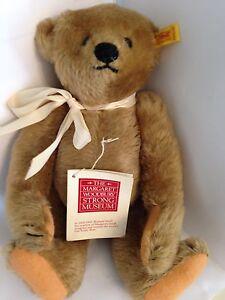 Steiff-Margaret-Strong-Bear-0115-32-1904-Replica-12-034-1983-91-Jointed-Mohair