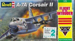 Revell-1-72-A-7A-Corsair-2-Jet-Bomber-USN-Flight-of-the-Intruder-KIT