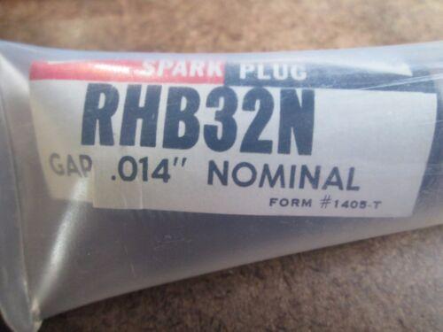 Champion Spark Plug RHB32N New