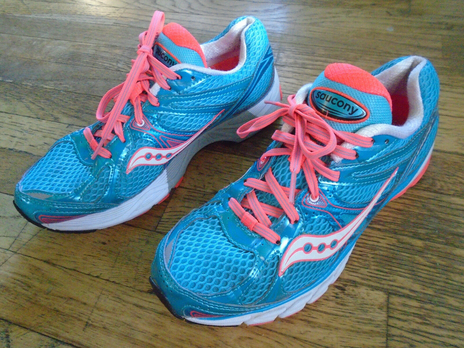 SAUCONY ProGrid Guide 6 Womens Size US 9 Euro 40 bluee Coral Running shoes