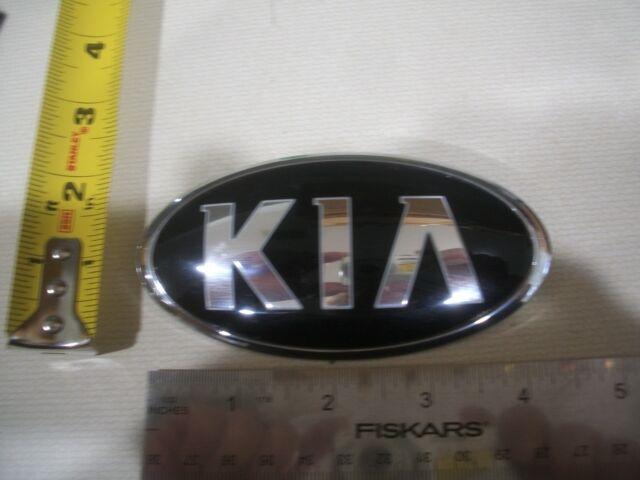 Pre-Owned 2014-2016 Kia Cadenza//Etc Front Emblem OEM #86318-3R500