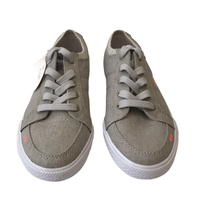 Ryka Womans Walking Athletic Shoes Sz.6.5 Emory Beige Light Weight Fabric New