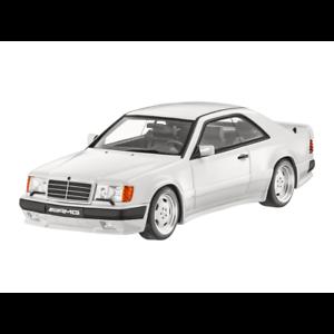 Mercedes-Benz-W-C-124-300-CE-6-0-Liter-AMG-Coupe-Weiss-Limitiert-1-18-Neu-OVP