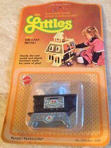 VTG 1980 The Littles Die Cast Bed Doll Furniture NOS
