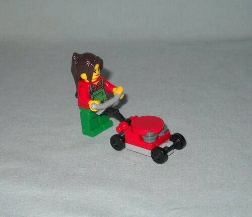 ******NEW LEGO GIRL MINIFIGURE /& LAWN MOWER FROM 60134,FUN IN THE PARK******