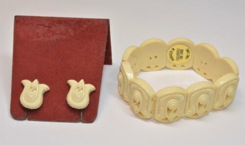 60s Signed AVON Carved Beige Plastic Set Elastic … - image 1