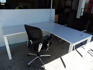 OFFICE-1800MM-WHITE-CORNER-WORKSTATION-STEEL-LEGS-BRISBANE