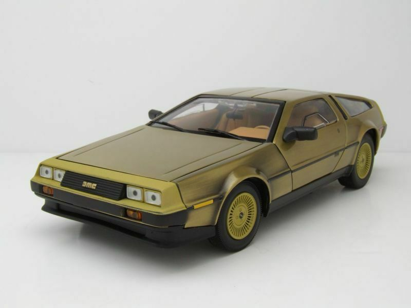 Lorean DMC-12 Coupe 1981 golden, Model Car 1 18   Sun Star